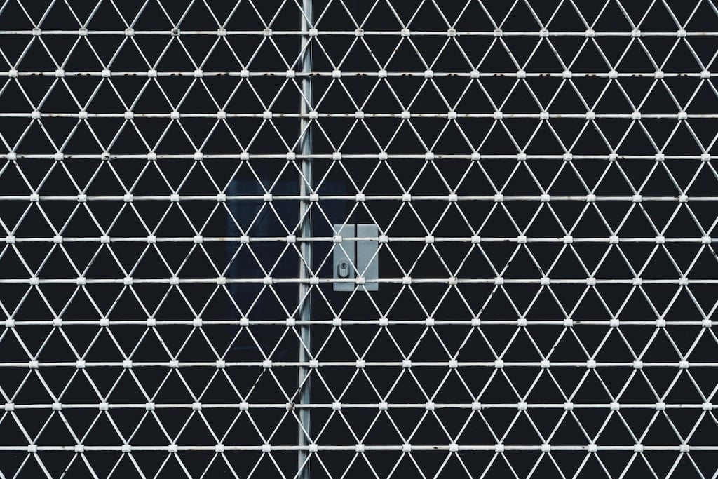 barbed wire in grid formation